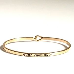 Jewelry - Bangle message a bracelet good vibes only gold